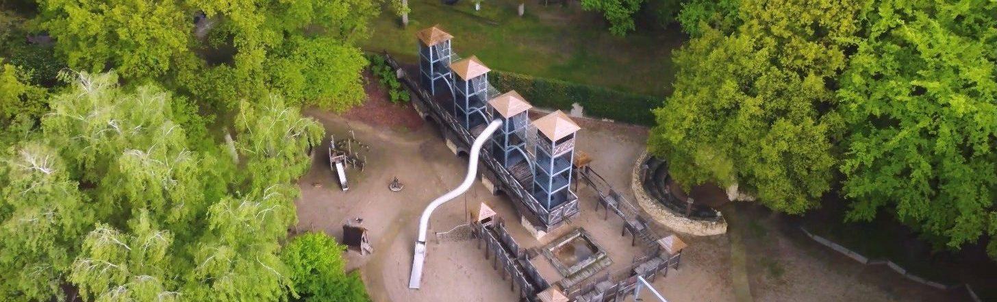 Droneshot van speeltuin de Leemkuil in Nijmegen